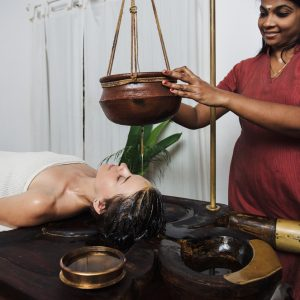 Ayurvedic shirodhara treatment in India